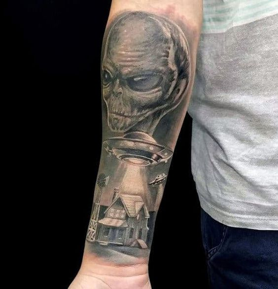 Alien Tattoo 19