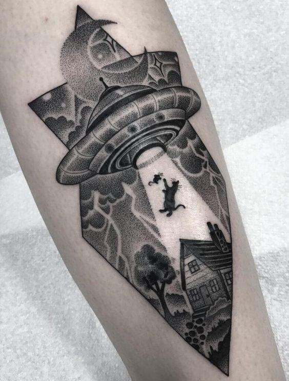 Alien Tattoo 24