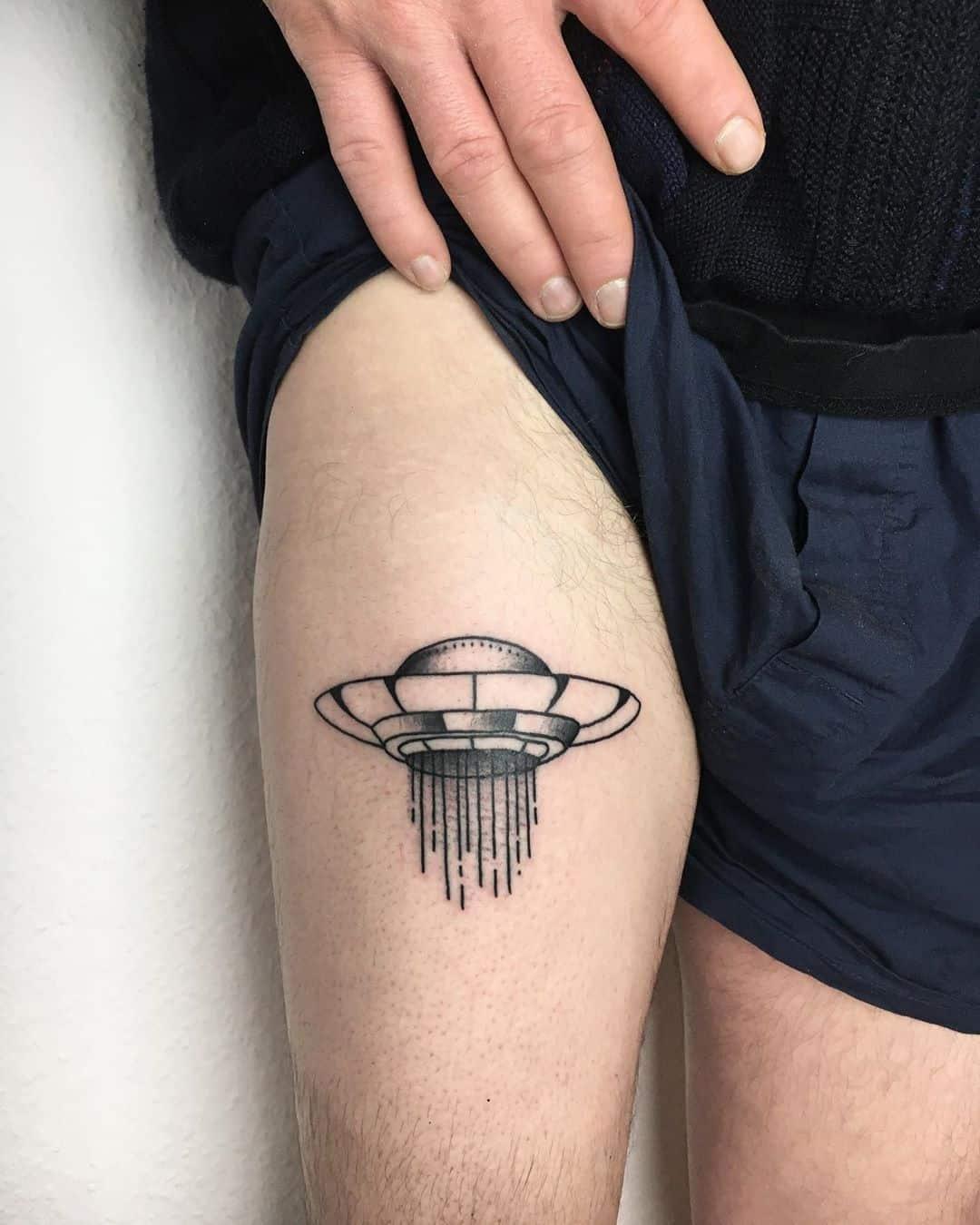 Alien Tattoo 42